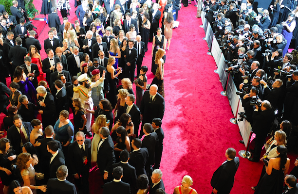 this-is-what-the-red-carpet-looks-like-during-arrivals-for-the-academy-awards.jpg