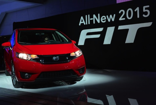 2015-honda-fit-debut-detroit-auto-show