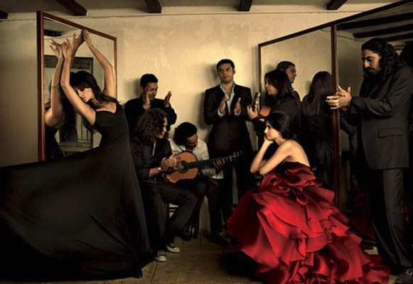 dress,gown,red,annieleibovitz,dance,dancing-f2e8e77c5b5ce7811bc3210d50f67546_h