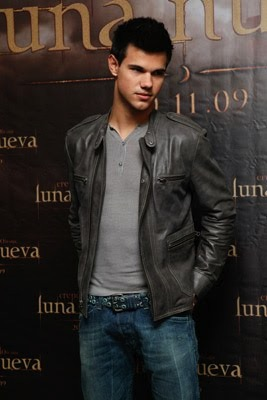 taylor lautner twilight photocall in mexico