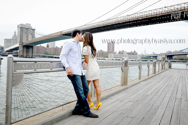 Brooklyn-heights-engagement-photo-shoot-002