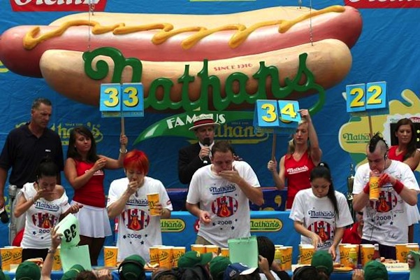 nathans-hot-dog-eating-contest-590