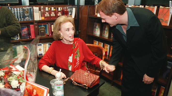 120813074845-helen-gurley-brown-at-book-signing-horizontal-gallery