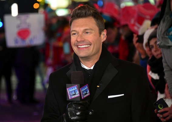 Ryan+Seacrest+New+Year+Eve+2015+Times+Square+D0heROeW5m1l
