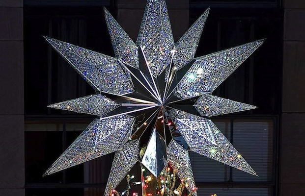 Rockefeller-Center-Christmas-Tree-Swarovski-Star-1