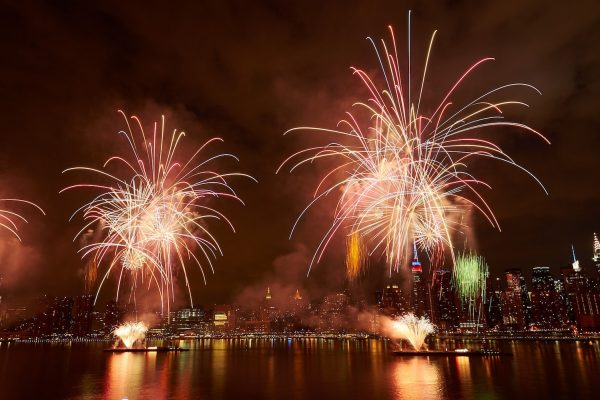 Macy's 4th of July Fireworks - Photo credit Kent Miller Studios-Macy's, ... (3)-min